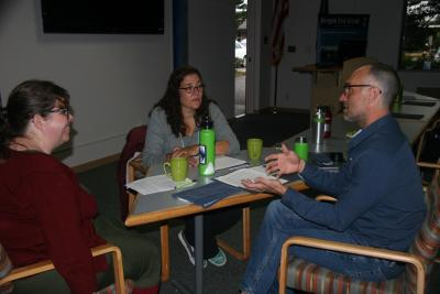 Oregon Marine Scientists and Educators meet in their groups